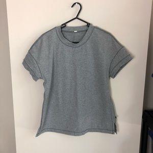 Lululemon solid grey short sleeve space tee size 6